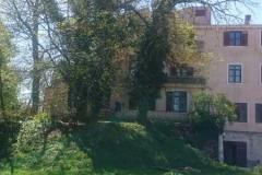 Dom izvana 6
